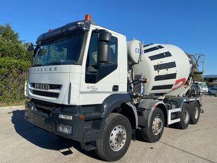 IVECO Trakker 410 camión hormigonera