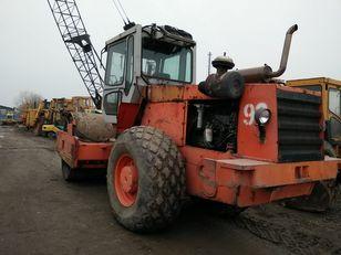 HAMMER 3520  compactador de tierra