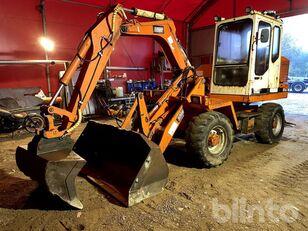 SCHAEFF SMB2041 excavadora de ruedas